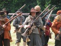 Soldados en arsenal de batalla Imagen de archivo