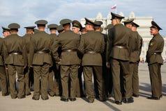 Soldados rusos en la repetición del desfile Fotos de archivo libres de regalías