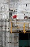 Soldadura del trabajador de construcción Fotografía de archivo