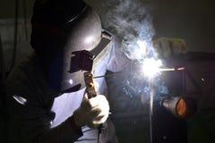 Soldadura eléctrica en el taller 2 Fotos de archivo libres de regalías
