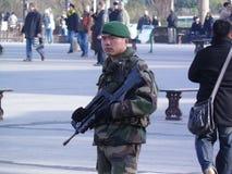 Soldat auf Schutz Stockfoto