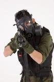 Soldat in einer Gasmaske Stockfoto