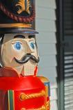Soldat en bois de jouet géant de taille images libres de droits
