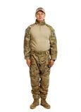 Soldat med geväret som isoleras på vit bakgrund Fotografering för Bildbyråer