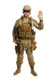 Soldat mit Gewehr auf einem weißen Hintergrund Stockfotos