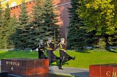 Soldaten des Regiments des Präsidenten kamen zu den Kasernen zurück stockfotos