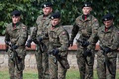 Soldatgruß der Ehre stockfoto