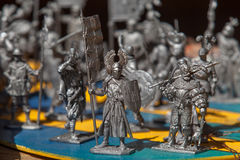 Soldati di latta Un soldatino fatto di metallo Fine in su immagini stock