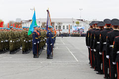 Soldati russi alla parata su Victory Day annuale WWII fotografia stock libera da diritti