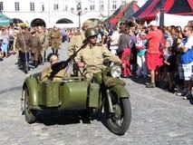 Soldati sul motociclo con il sidecar Fotografie Stock