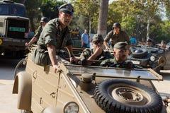 Soldati tedeschi su un'automobile militare Fotografie Stock