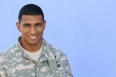 Soldato: Aspetti per ritornare a scuola come studente Immagine Stock