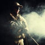 Soldato barbuto delle forze speciali fotografia stock