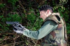 soldato con la pistola Immagine Stock Libera da Diritti