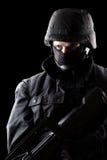 Soldato dei ops di spec. su fondo nero Immagine Stock