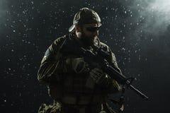 Soldato dell'esercito americano nella pioggia Immagine Stock Libera da Diritti