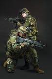 Soldato di NATO in ingranaggio pieno immagini stock libere da diritti
