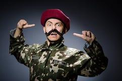 Soldato divertente nei militari Immagini Stock Libere da Diritti