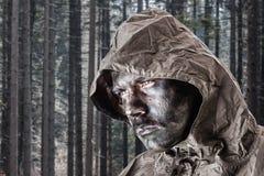 Soldato nel legno fotografia stock libera da diritti