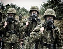 Soldato polacco durante l'addestramento sul terreno di gioco Fotografia Stock Libera da Diritti