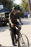Soldato tedesco sulla bicicletta Fotografie Stock Libere da Diritti