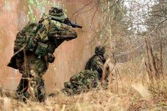 Soldats dans le camouflage Image libre de droits