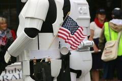 Soldats de la cavalerie de tempête avec le drapeau américain Images libres de droits