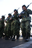 Soldats mexicains d'armée pendant une excursion Image libre de droits
