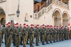 Soldats polonais sur la garde de la cérémonie Photos stock