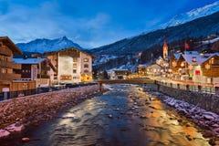 Solden Ski Resort Skyline i morgonen, Tirol, Österrike Royaltyfria Foton