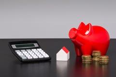Soldi, affare, finanza, ONU reale di estateModellhaus Fotografia Stock