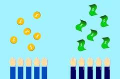 soldi da sopra dall'uomo di affari e gli uomini semplici Fotografia Stock