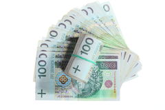 Soldi e risparmio. Pila di banconote di zloty della lucidatura 100's Immagini Stock Libere da Diritti