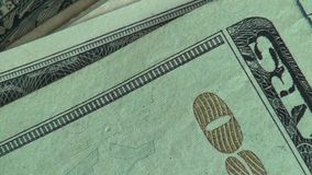 Soldi, monete, fatture, valuta, Stati Uniti d'America video d archivio