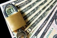 Soldi per sicurezza e l'investimento Fotografia Stock Libera da Diritti