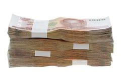 Soldi tailandesi di baht: una pila di 1000 banconote Fotografie Stock Libere da Diritti
