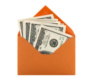 Soldi in una busta arancione Immagine Stock