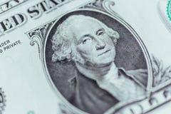 Soldi - USD Macro degli Stati Uniti due Dollari americani 1 Fotografia Stock