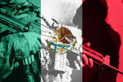 Soldier with machine gun with national flag of Mexico Stock Photos