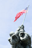 Soldiers with the American flag Royalty Free Stock Photography