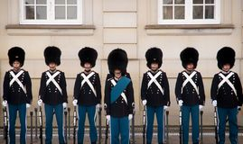 Soldiers in front of Amalienborg Slot, Denmark København Royalty Free Stock Images