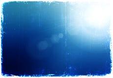 Sole brillante al chiaro cielo blu di lerciume Fotografia Stock Libera da Diritti