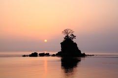 Sole di mattina alla costa di Amaharashi Immagine Stock