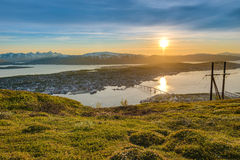 Sole di mezzanotte in Tromso, Norvegia Immagini Stock
