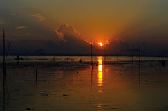 Sole e mare di mattina fotografia stock