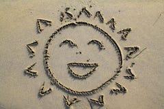 Sole sorridente nella spiaggia Immagini Stock Libere da Diritti