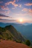 Sole sulla foschia di mattina Immagini Stock Libere da Diritti
