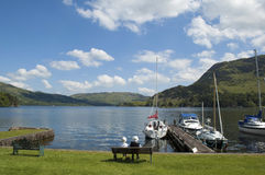Soledad de la orilla del lago Foto de archivo