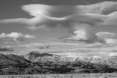 Soledad hermosa en blanco y negro Imagenes de archivo