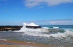 Soledad y naturaleza rugosa en Kauai fotografía de archivo